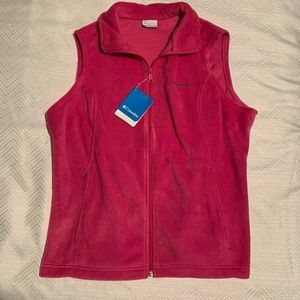 Women's Columbia Vest.  Pink. XL. NWT.